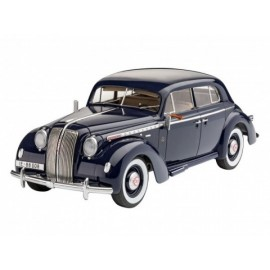Luxury Class Car Admiral Saloon Model Set REVELL