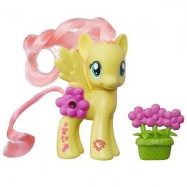 Figurina My Little Pony Explore Equestria Fluttershy