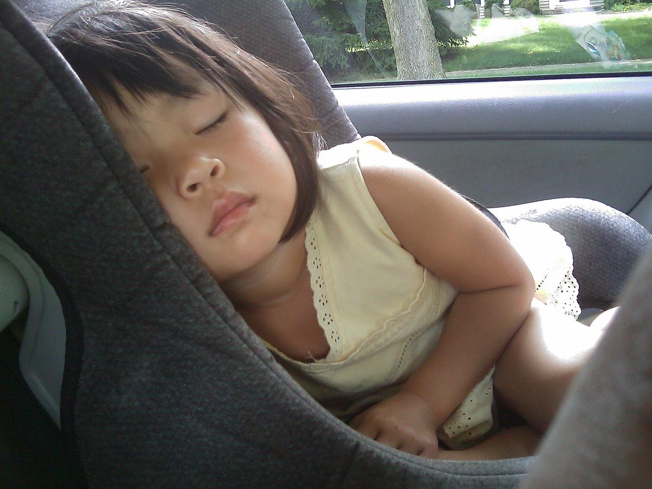 Ghid de alegere a scaunului de masina in functie de varsta copilului